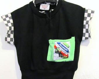 A Boy's Vintage 80's,Black Short Sleeve AVANTE GARDE Snowboard Sweatshirt By Bold Eagle.M(10)
