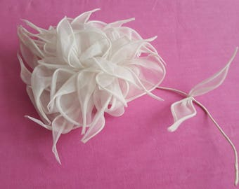 Bridal accessory in white organdy - 13025 vintage Bridal Bouquet