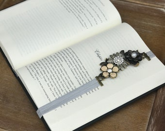 Metal flower bookmark