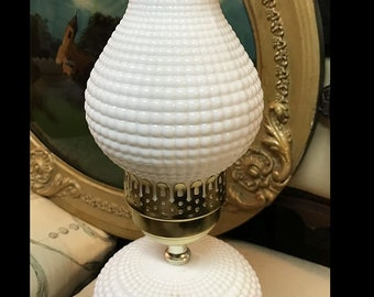 Vintage - Victorian -- While Milk Glass Table Lamp