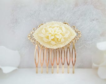 Ivory Bridal Comb - White Flower Hair Comb - Floral Haircomb - Cream Hair Comb - Vintage Hair Comb - Victorian Hair Comb - Rose Comb H2061