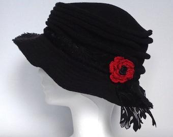 Chapeau Femme en Polaire Noir Taille M - Crooked Hat 3