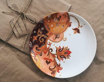 Hand Painted Plate / Flowers