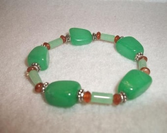 Green and Red Chunky Stone Stretch Bracelet Boho