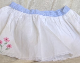 Vintage White Skirt with Embroidery