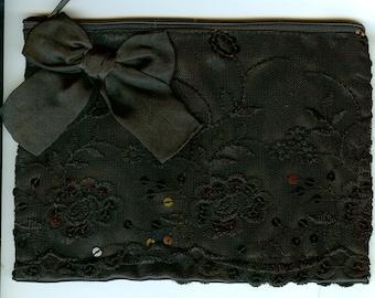 Black satin and lace purse. black lace zip purse. lace and satin bag. evening black lace purse. evening purse.