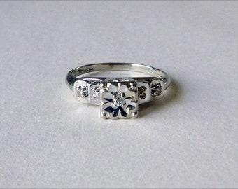 Mid-Century 10k white gold illusion setting diamond vintage engagement promise ring size 5.5