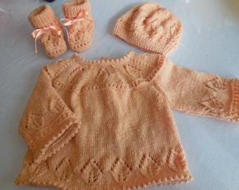 BABY set including jacket, booties and hand knitted Hat