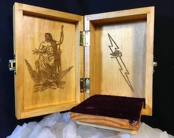 Zeus Portable Travel Altar Box