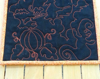 Halloween Quilted Table Topper, Halloween Quilted Candle Mat, Pumpkin Ghost Candle Mat, Reversible Quilted Table Topper, Free US Shipping