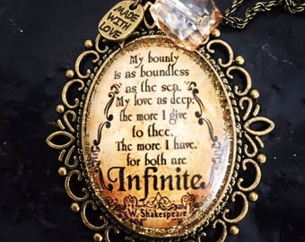 Pendant with Shakespeare's quote cabochon