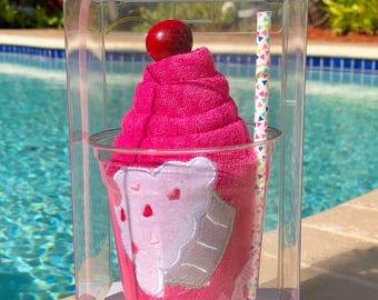 Sprinkles-Hooded Bath Towel Milkshake