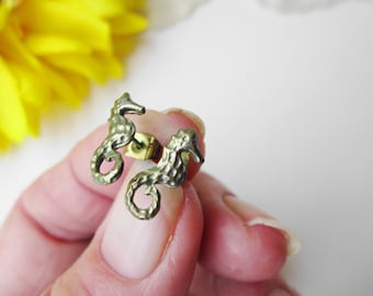 Tiny Seahorse Earrings Vintage Hypo Allergenic NOC Deleque Small Stud Beach Summer Spring Sea Animal Fish