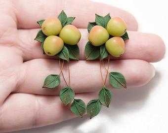 Apple Earrings. Fruit earrings. Polymer clay jewelry. Green leaf earrings. Vegan jewelry. Food earrings. Botanical jewelry. Dangle earrings