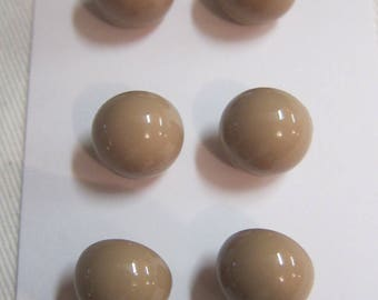 2 buttons top half ball Brown