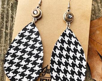 Houndstooth bullet earrings