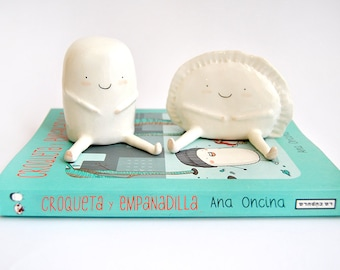 Set of Two Figures of Croqueta and Empanadilla by Ana Oncina. Cake Toppers. Wedding Gifts. Ready to Ship