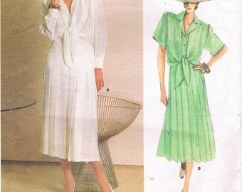 Vogue Guy Laroche Pattern 1719 - Blouse and Skirt Size 12