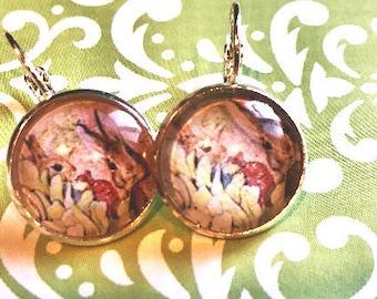Peter Rabbit Beatrix Potter cabochon earrings- 16mm