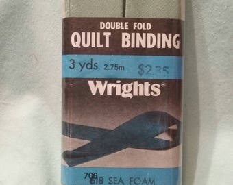 Vintage Double Fold Quilt Binding in Sea Foam Green from Wrights 1986