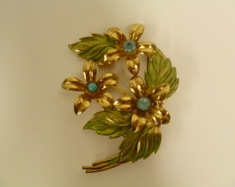 3 X 2 Inch Goldtone 3 Flower Brooch with Green Washed Leaves