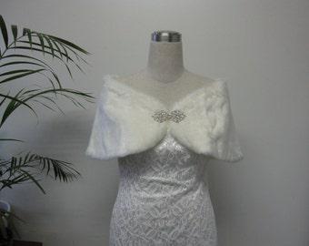 Faux Fur Bridal Wrap Stole, bridal wedding faux fur wrap, faux fur bolero jacket, bridal shrug, bridal bolero - Ivory