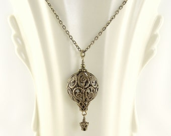Antique Bronze Filigree Hot Air Balloon Necklace -  Steampunk Hot Air Balloon