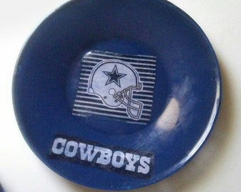 Dining Room 4 piece dallas cowboys plates, serving plate, party plate, dinnerware, nfl plate, football plate, decorative plate.