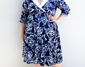 Plus Size - Vintage Navy Floral White Collar Surplice Dress (Size 12)