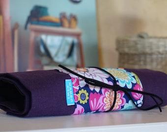 Etui à rouler tissu fleurs pour pinceaux, trousse pinceaux maquillage, Pochette à enrouler pinceaux, Trousse vintage avec lanière, fleurs 70