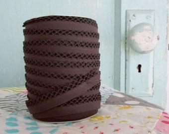 Brown Crochet Edge Double Fold Bias Tape (No. 51)