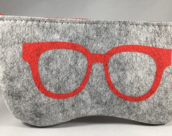 Felt Eyeglass Case - Gray & Red