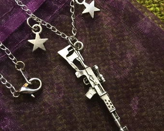 Sniper Rifle with Stars Cham Necklace