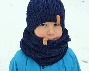 Hand knitted toddler had and infinity scarf / navy blue color