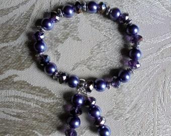 Violet and lavender bracelet. Graduation gift. Beaded stretch bracelet. Stretch bracelet. Elastic bracelet. Beaded bracelet.