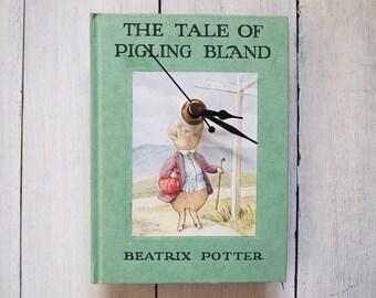 Pigling Bland book clock - Beatrix Potter - nursery clock - nostalgic clock - The Tale of Pigling Bland - pig - mint green clock