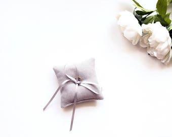 "Mini Ring Pillow - Ring Bearer Pillow - Grey Minimal Ring Pillow - Ring Pillow Wedding - Ring Cushion - Wedding Pillow - Ring Bearer - 6X6"""