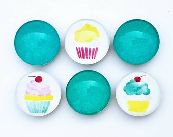 Cupcake Glass Magnet Set - Refrigerator Magnets - Valentine's Day Gift - Birthday Party Favor - Class Gift - Gift for Her - Cupcake Party
