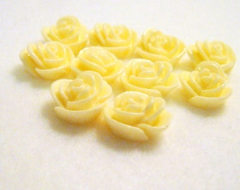 10 White Flower Resin Embellishments, 14x8mm, Jewelry Making Findings, Craft Supplies, Cabochons  G1431