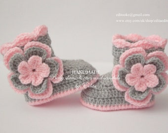 Crochet baby booties, baby girl shoes, baby boots,  0-3, 3-6, 6-9 months, flower booties, gift for baby , baby shower, announcement, reveal