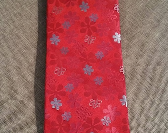Ted Baker London Funky 80's Necktie. 100% Silk. Hand Crafted in USA