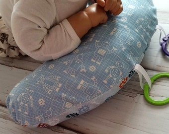 Organic Tummy Time Pillow, Robots in Blue