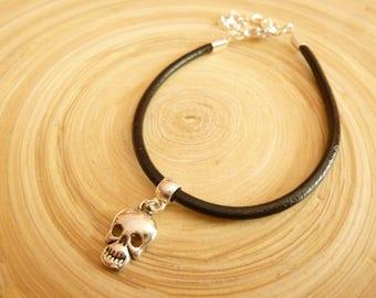 Zwart lederen en zilveren schedel armband