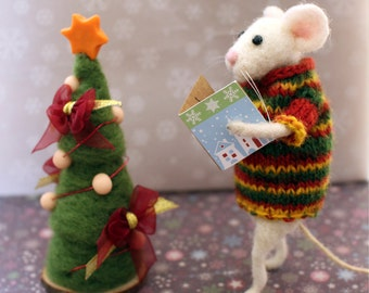 Needle felted mouse, White mice, Felt animal,Christmas decoraion, Christmas tree, Christmas ornament, Mouse with sweater, Christmas star