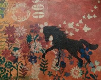 Black Horse in the red Meadow