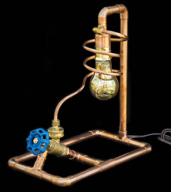 lampe de tuyau cuivre avec interrupteur lampe de table. Black Bedroom Furniture Sets. Home Design Ideas