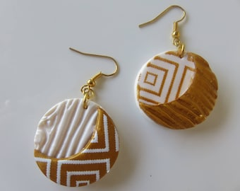 """Mismatched earrings """"Idya"""" gold and white polymer clay"""