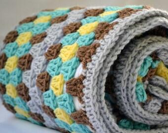 Fun at the zoo crochet baby blanket, granny square reversible crochet baby blanket