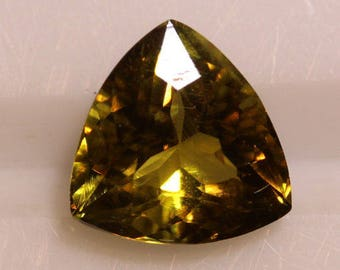 Yellow Peridot 2.30cts Trillion Cut 8.63 x 8.41mm H6.5 Pakistan T8000 Rare Gemological Loose Gem Faceted Gemstone Collecting Gemology