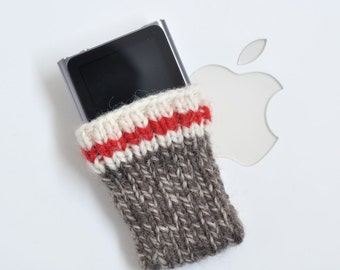 Hand Knit iPod Nano 6 Cozy Case - Sock Monkey Design
